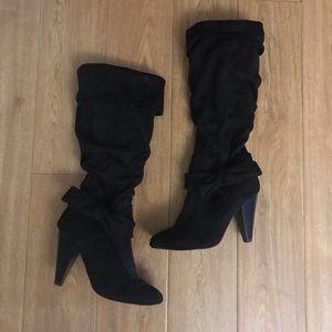 Diba  Faux Suede Boots Size 5